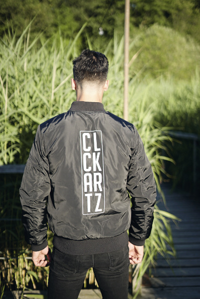 clockartz-bomber-man-rear